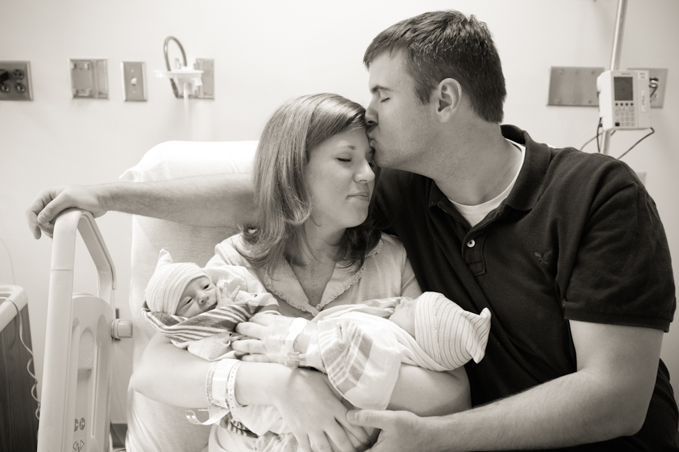parents with newborn twins