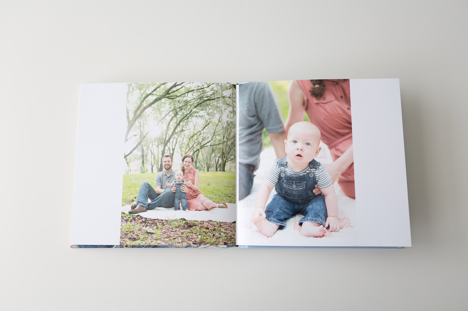 photographer provides family with session album